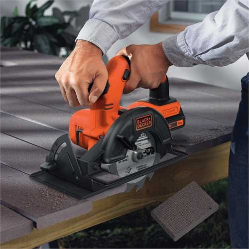Black and Decker - 18V Lithiumion 140mm Cordless Circular Saw without battery and charger - BDCCS18N