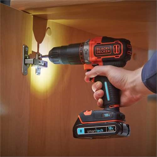 Black and Decker - 18V Lithiumion 2 Gear smart tech Hammer Drill with 400mA charger and Kitbox - BDCHD18KST