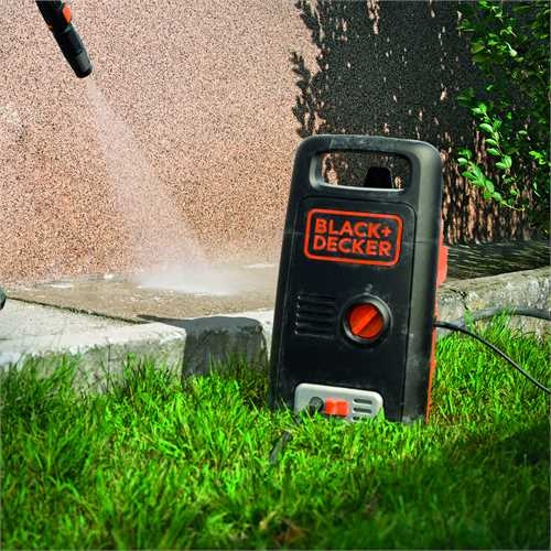 Black and Decker - 1300W High Pressure Washer with Mini Patio Cleaner and Fixed Brush - BXPW1300PE