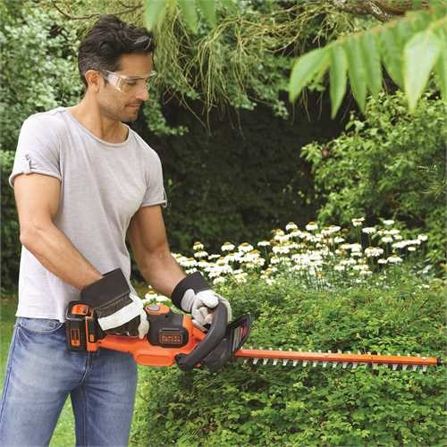 Black and Decker - 36V 55cm POWERCOMMAND Hedge Trimmer without battery - GTC3655PCLB