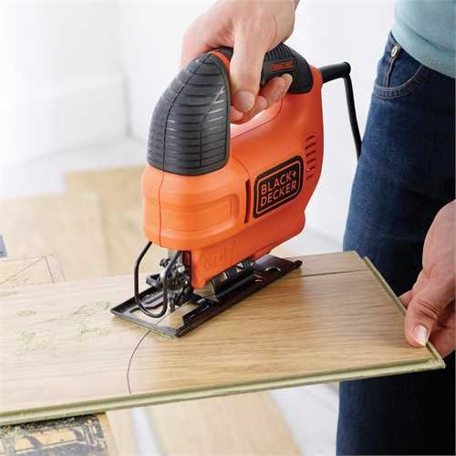 Black And Decker - 520W  Variable speed compact Jigsaw with blade and kit box - KS701EK